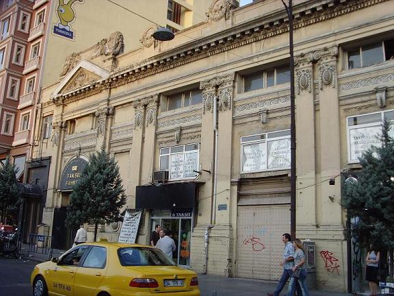 taksim_sahnesi_02092007.jpg